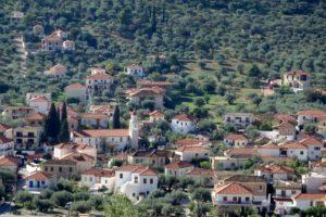 Le village de Léonidio