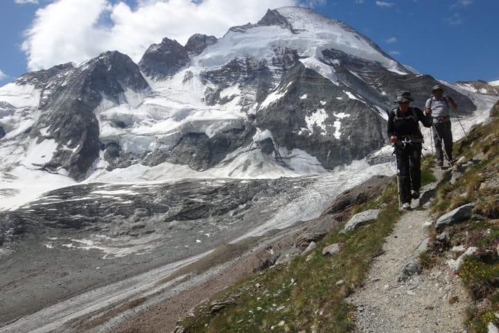 la Dent d'Hérens depuis la morraine du glacier de Tiefmatten