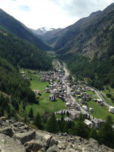 La vallée de Saas depuis Saas Almagel