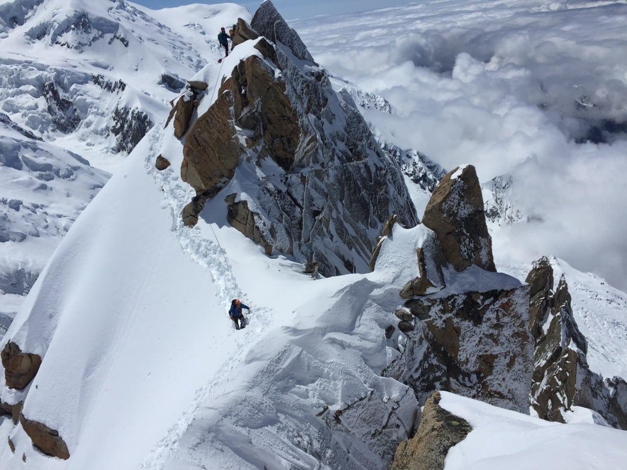 alpinisme hivernal avec un guide