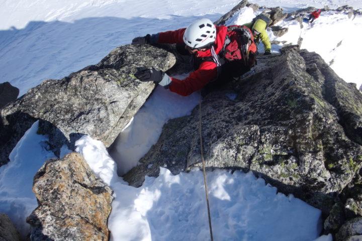 Derniers mètres avant le sommet de la pointe Isabella