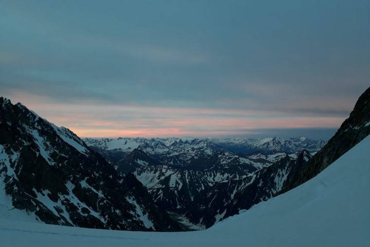 Lever de soleil sur le Val D'Aoste