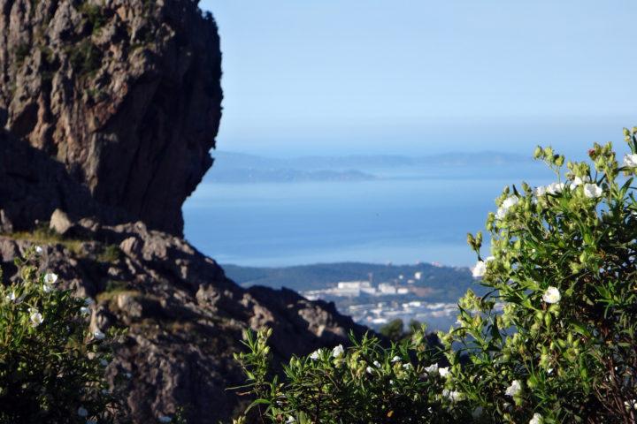 les rochers de Gozzi et la baie d'ajaccio