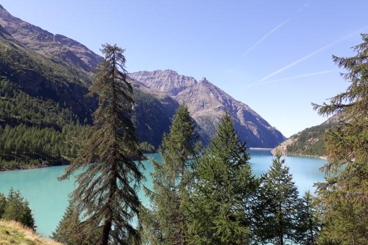 Le lac des Places de Moulin