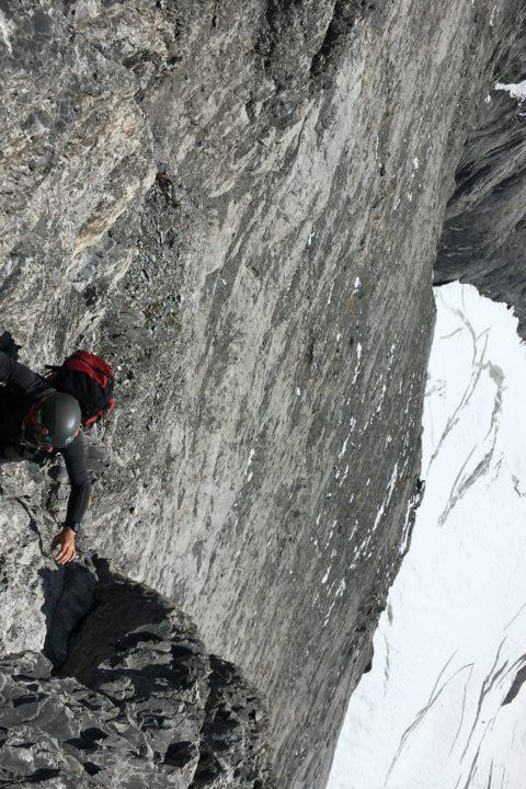 passage grimpant en versant sud...