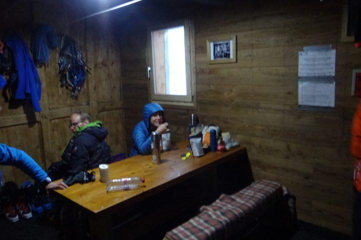 l'intérieur du refuge d'hiver du Couvercle