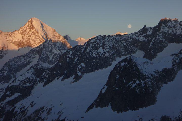 toujours la lune et le Nesthorn