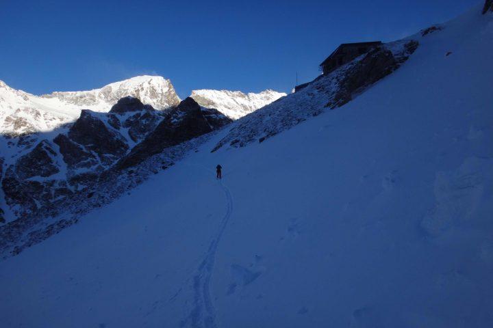 Départ du refuge Aosta
