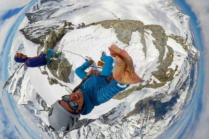 sommet du Grossesfiescher, au coeur de la haute route de l'Oberlandh