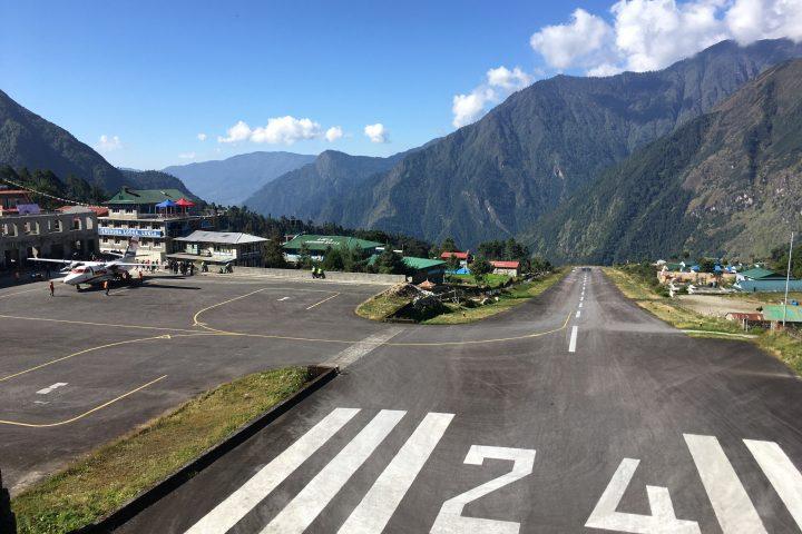 Aéroport de Lukla, 2800m
