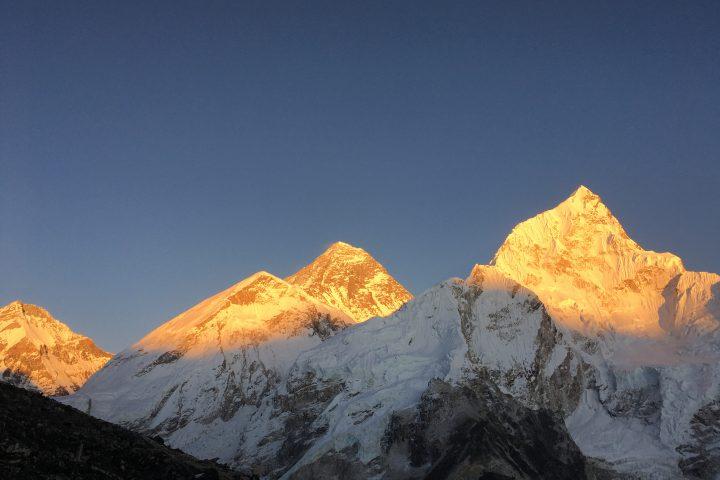 Everest/Sagarmatha et Nuptse au coucher de soleil