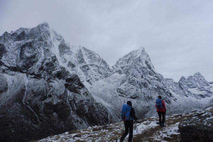 Taboche/Taweche (6495m) et Cholatse (6440m), en route pour Lobuche