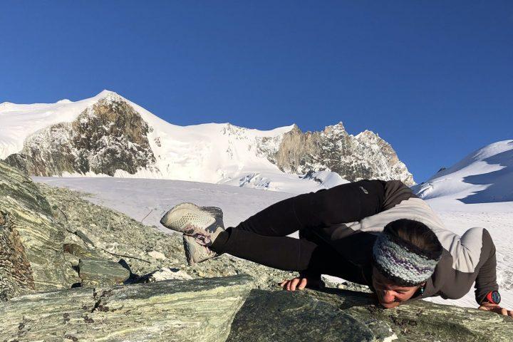 tentative yoga sous l'arête nord du Weisshorn