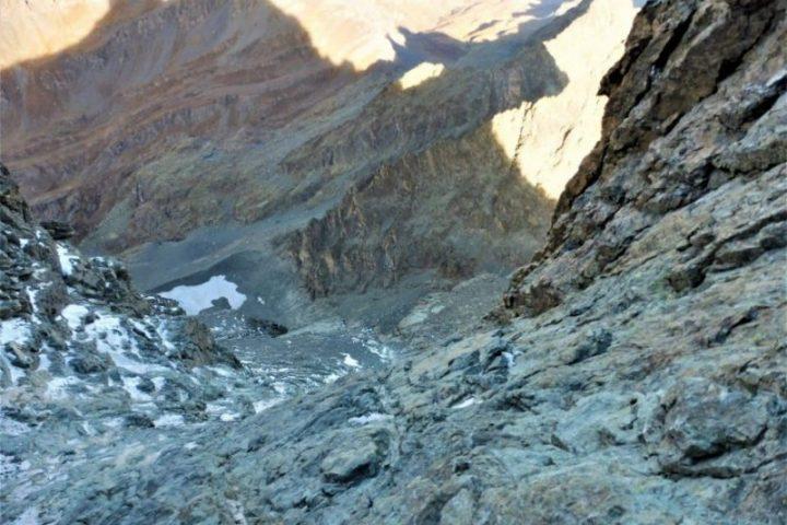sommet des dalles moutonnées au Viso