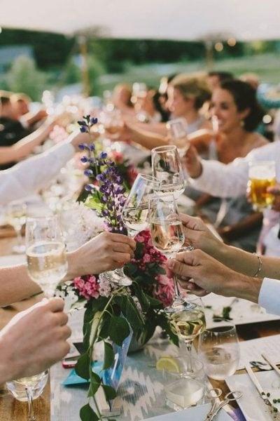 Repas de mariage, cocktail dinatoire, buffet ou dîner à la place ?